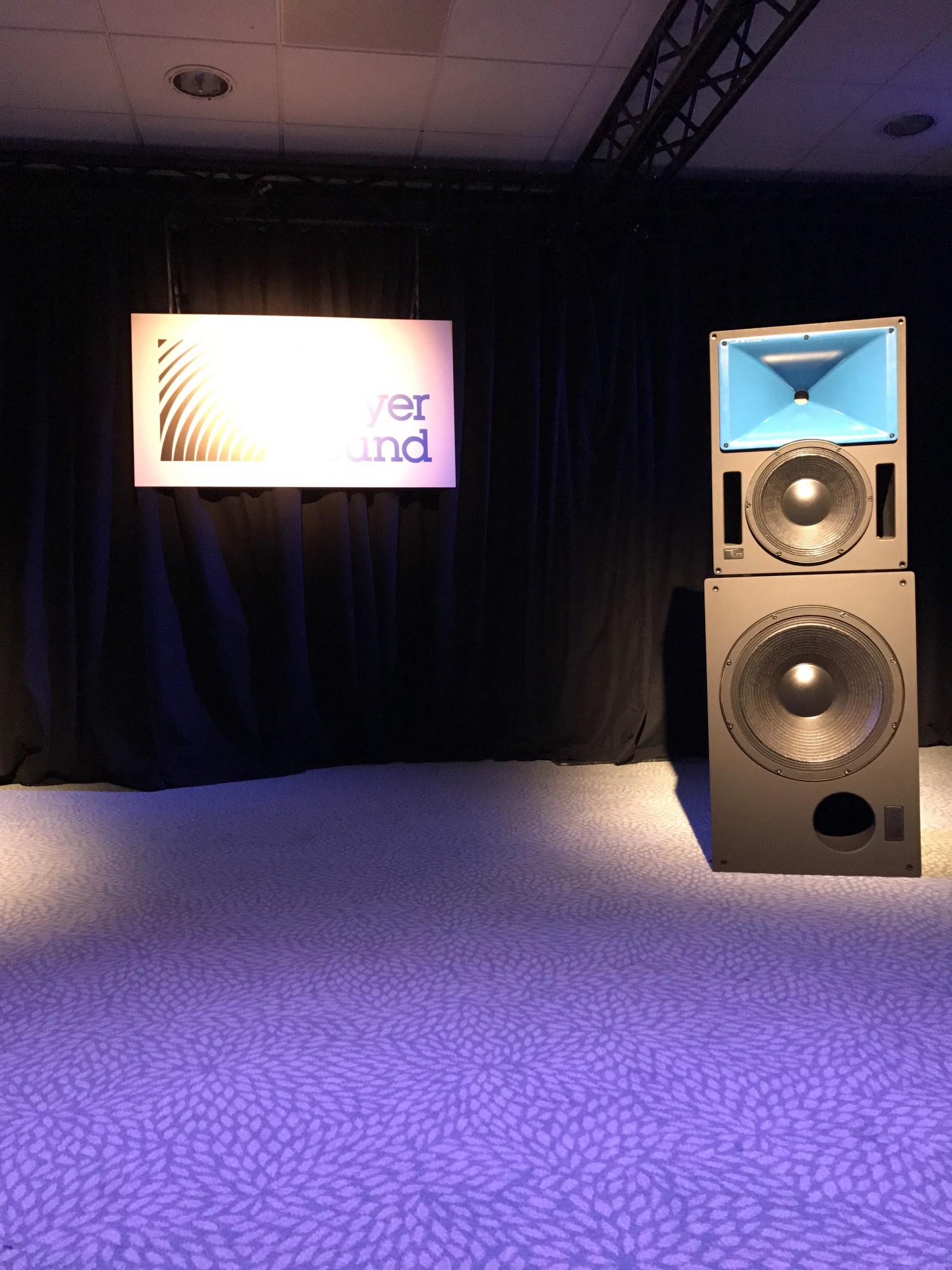 Meyer sound ISE2017