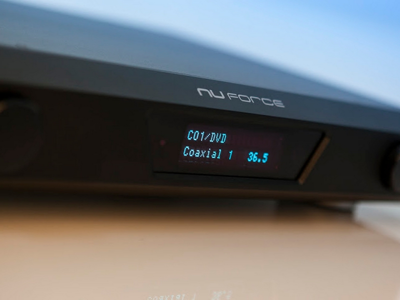 nuforce avp-18 processeur audio video
