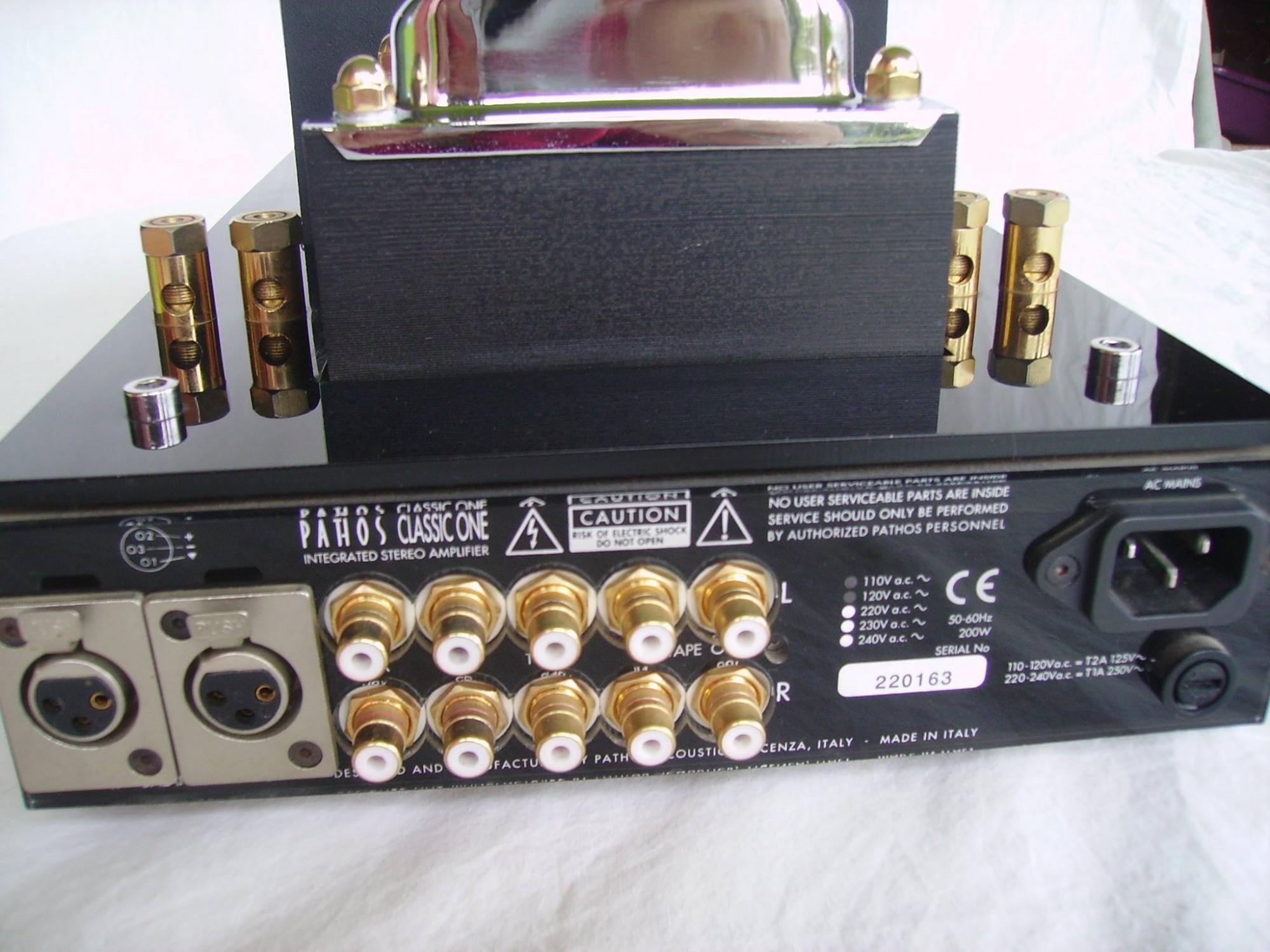 ampli à tubes avec entrée XLR PATHOS classic one à Paris