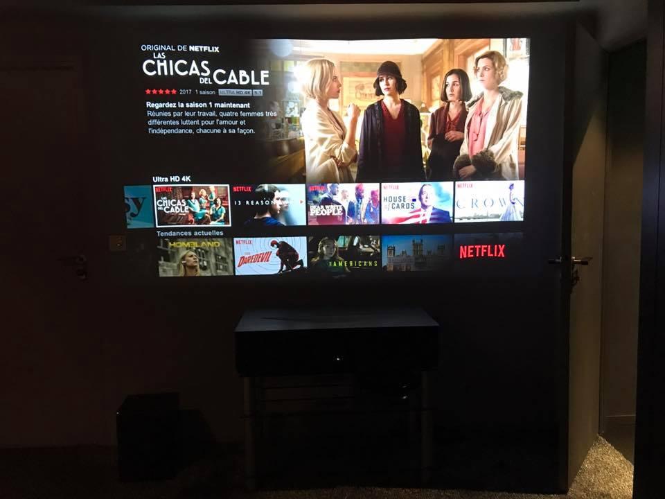 Netflix 4k sur videoprojecteur sony ultra courte focale