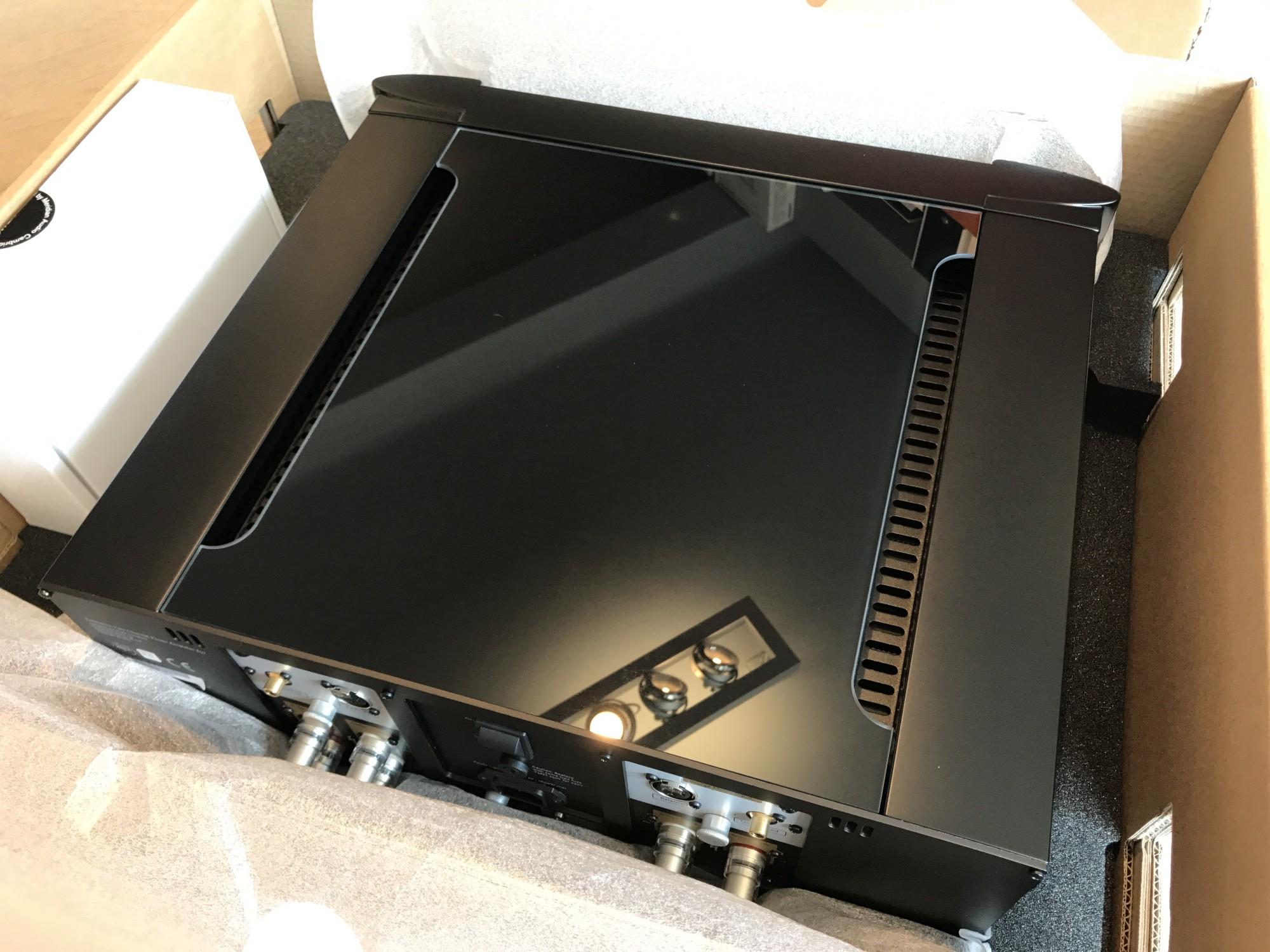emballage ampli Meridian 857